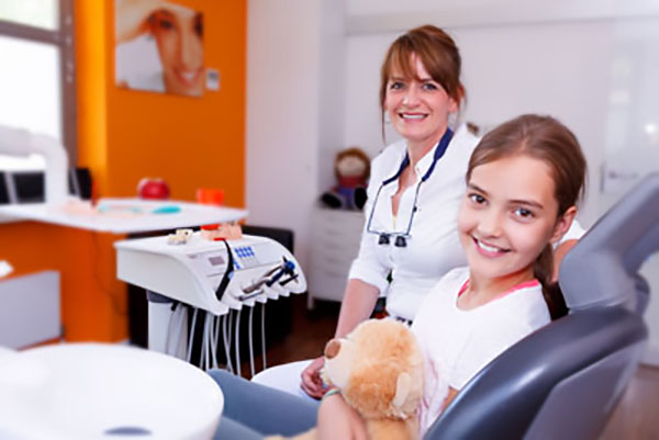 What To Expect During A Dental Cleaning With A Family Dentist
